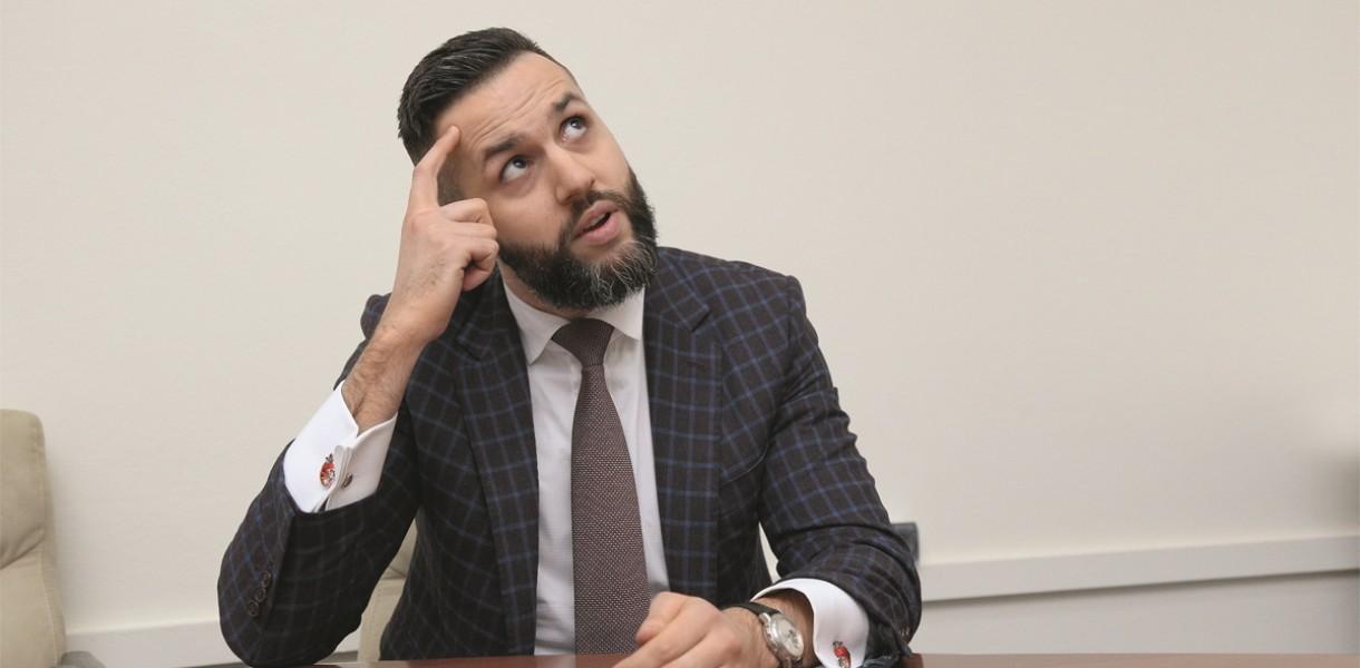 Як М. Нефьодов та В. Трубаров вводять в оману суспільство щодо приватизації «офшорами»