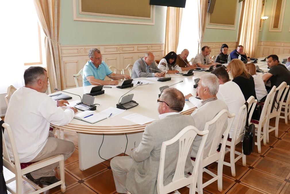 спільне засідання Громадської ради та чиновників КМДА