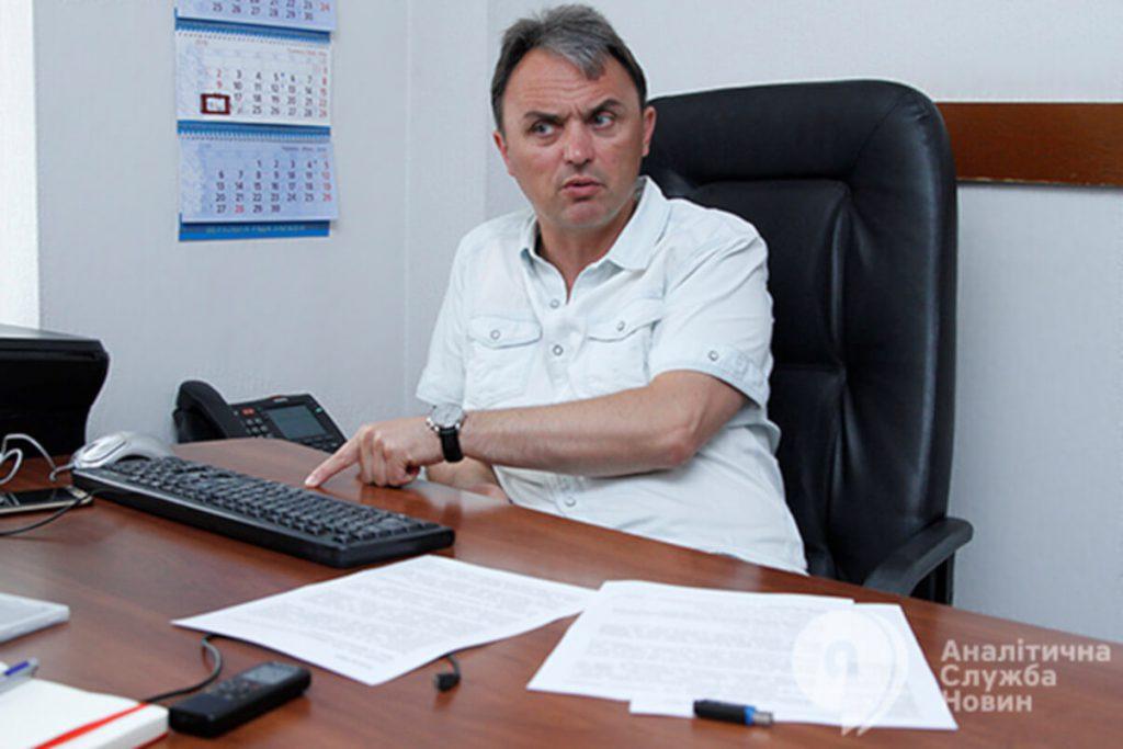 Народні депутати І. Лапін